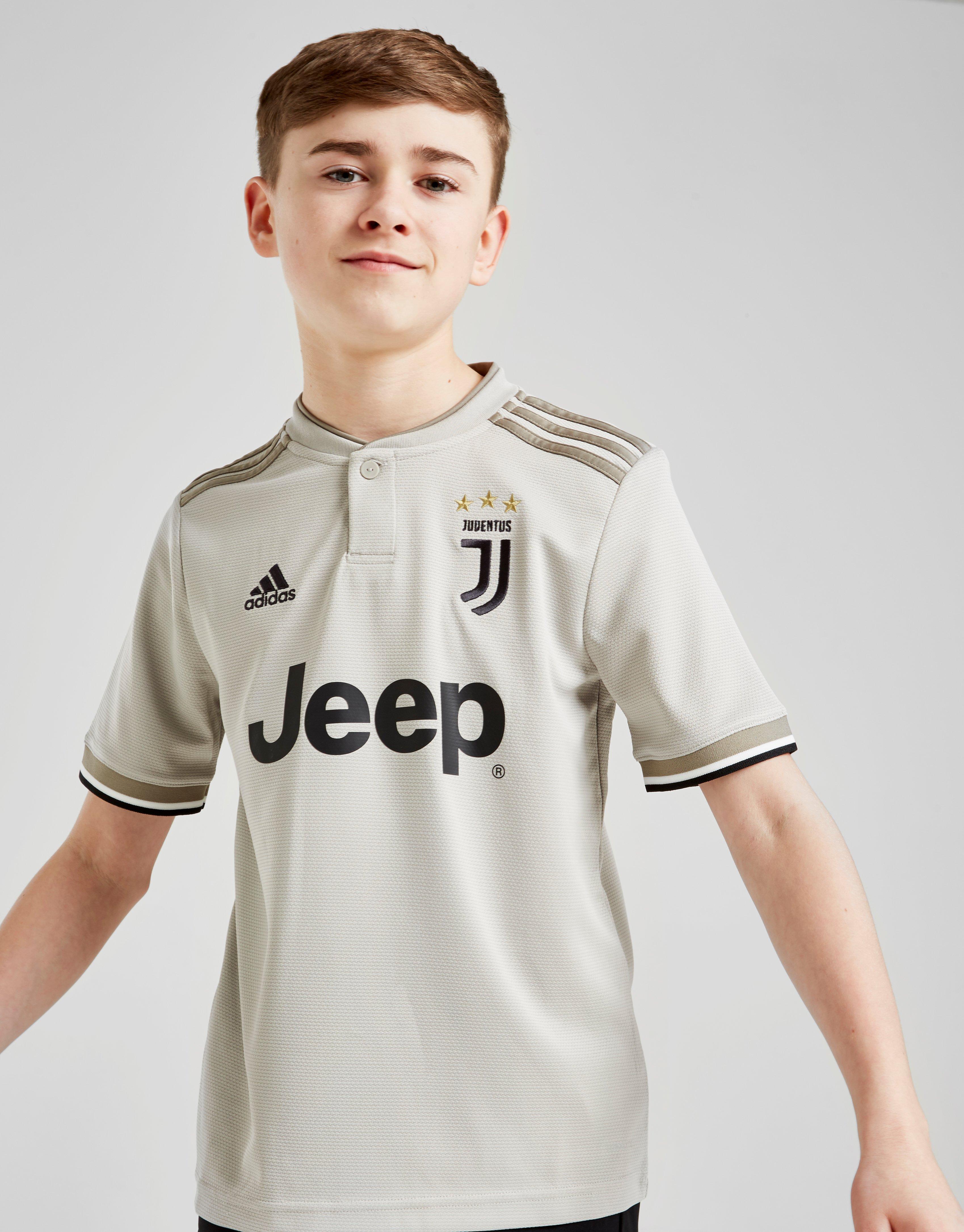 59c5effa8 New adidas Boy s Juventus Away Jersey Brown