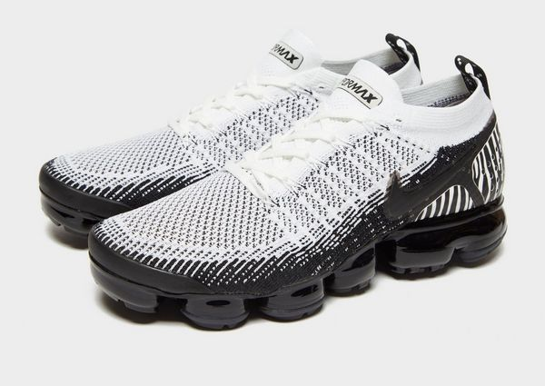 new products 890f5 851e3 nike air vapormax flyknit 2 zebra