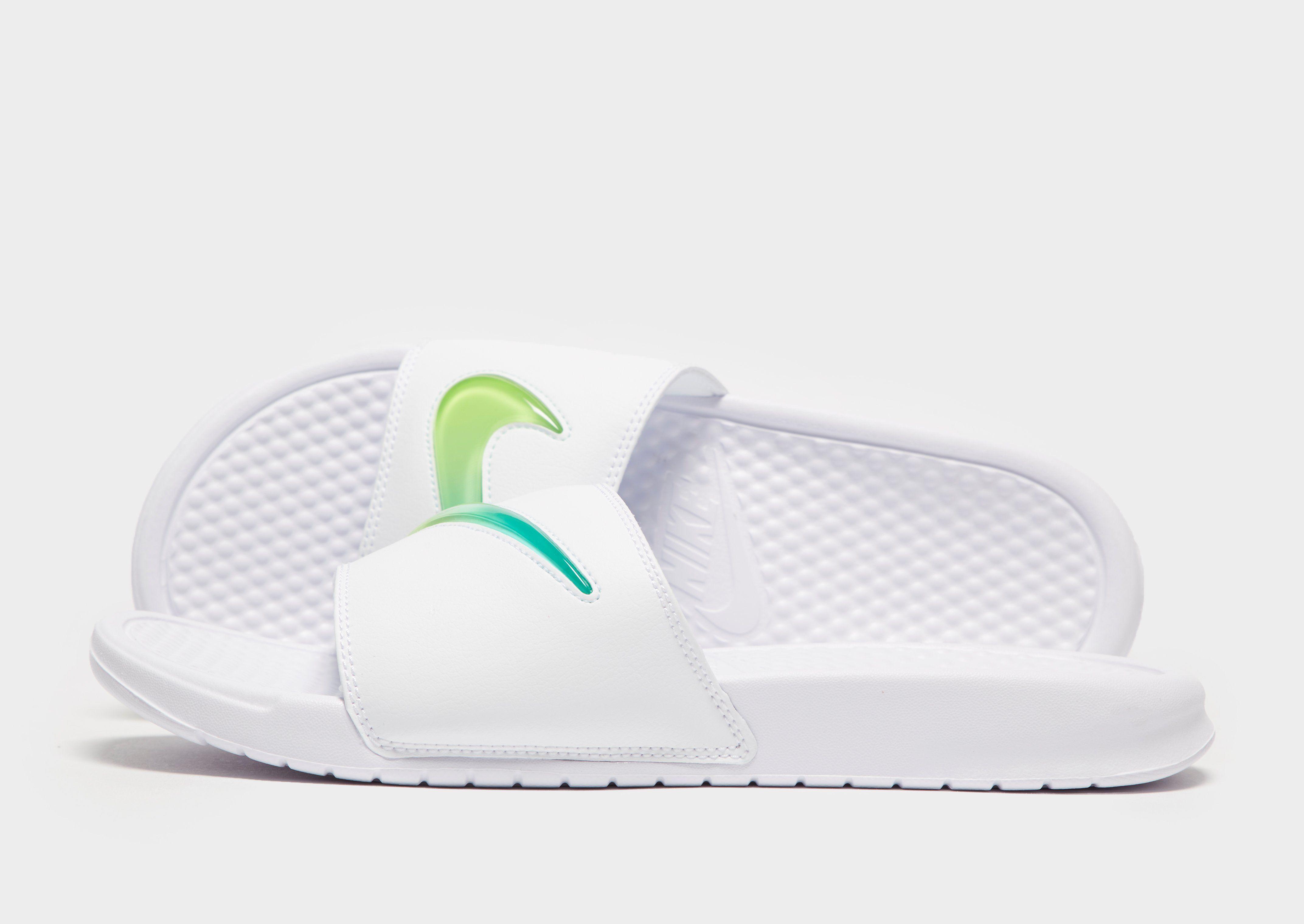 Nike Benassi SE Slides