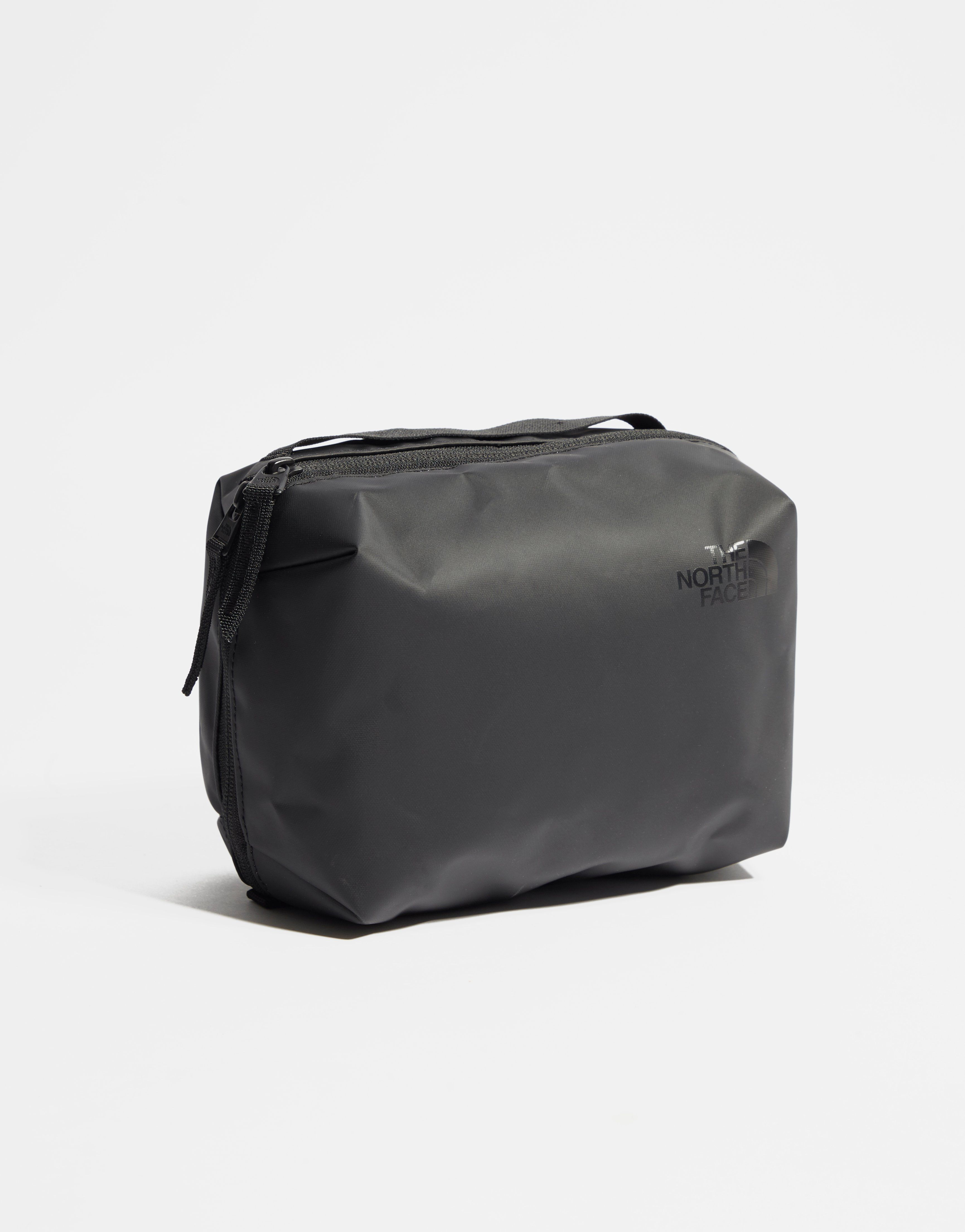 The North Face Stratoliner Wash Bag  10429a89d4c4