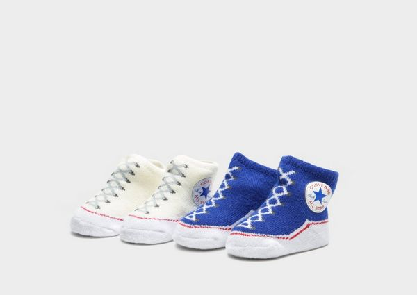 9d74b59602cc CONVERSE All Star Newborn Chuck Taylor Knit Booties