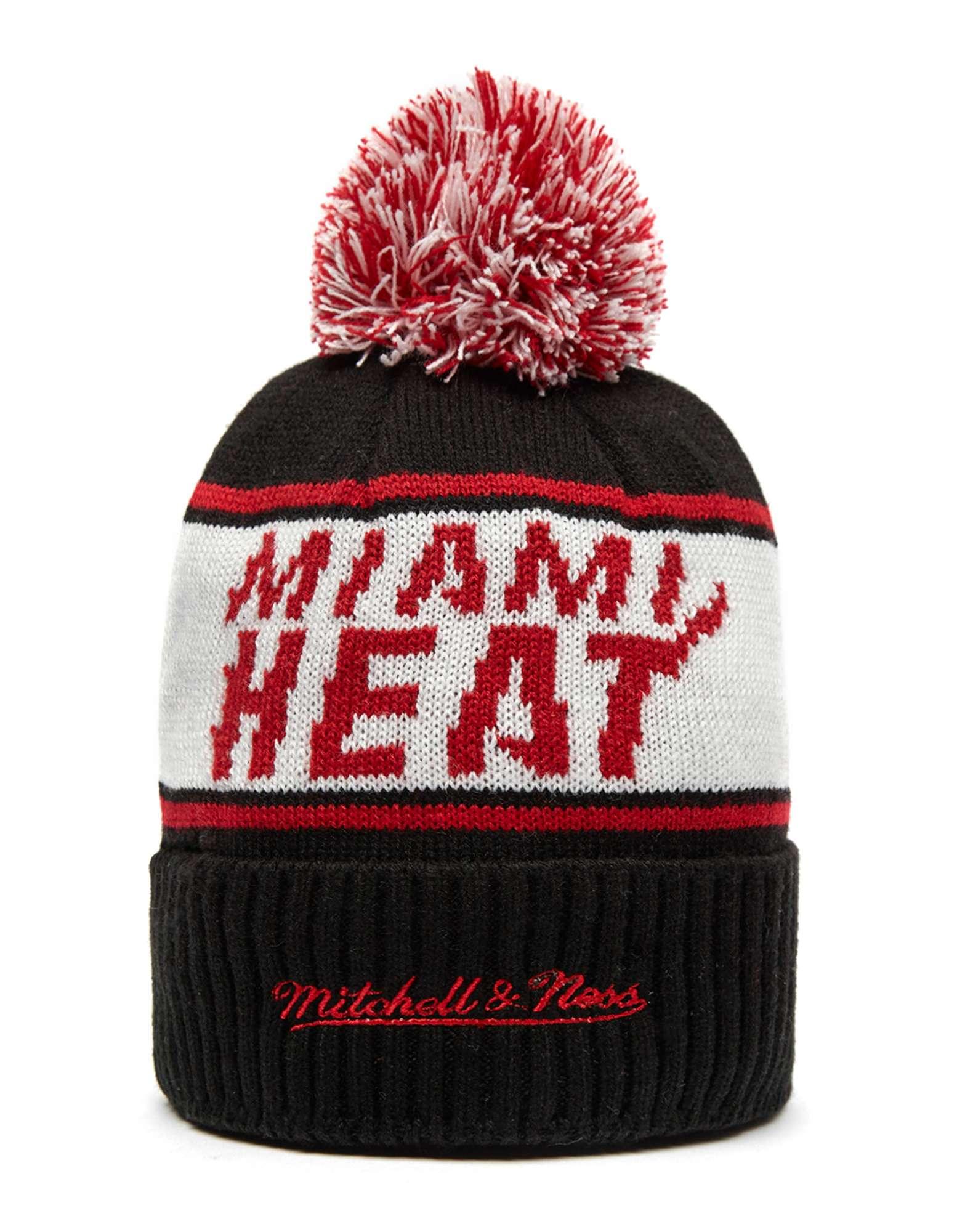 Mitchell & Ness NBA Miami Heat Wordmark Bobble Hat