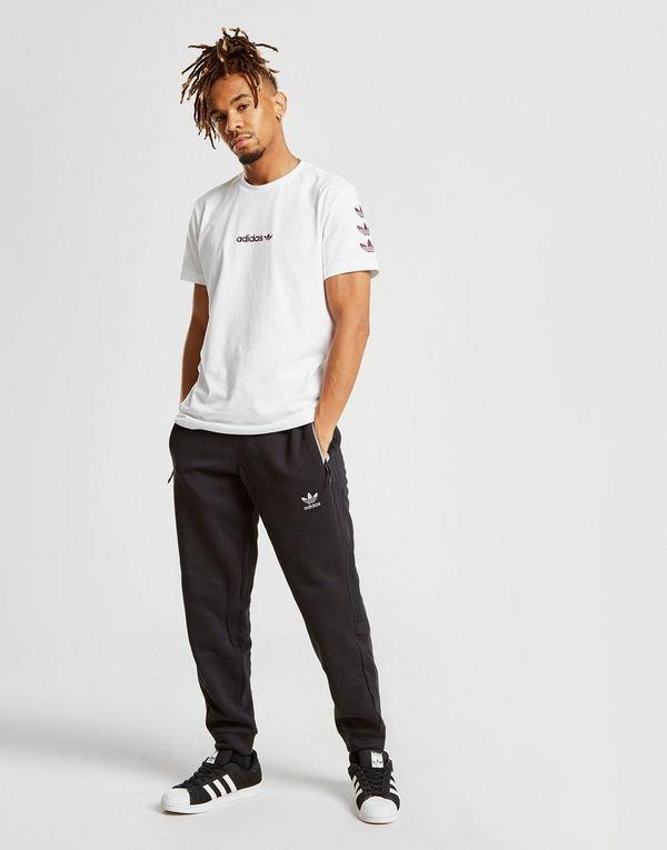 2220e6bccd4 adidas Originals camiseta Tape QQR