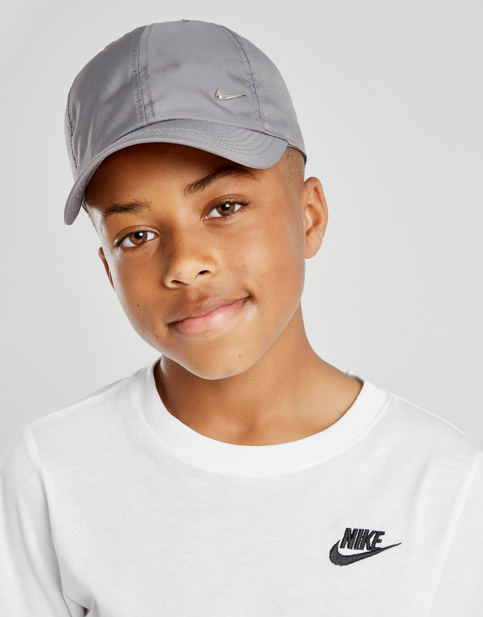 8395da5962db6 Nike Swoosh Cap Junior