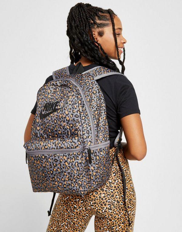 new product b1a64 58e27 Nike Heritage Animal Print Backpack