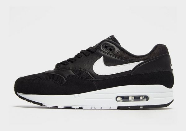 f2b00567c7fe Nike Air Max 1 Essential