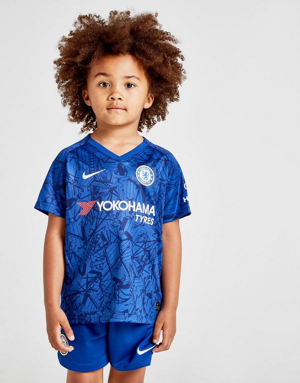 8b81322473e Nike Chelsea FC 2019 Home Kit Children