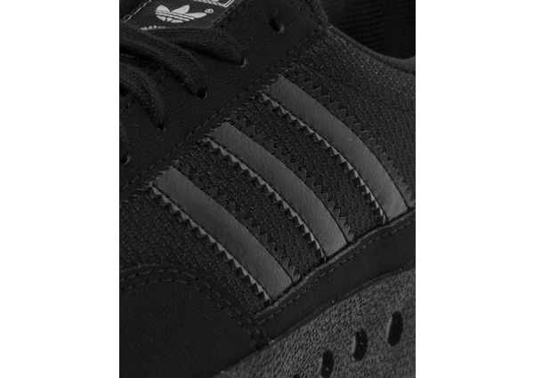 adidas originals junior training pt trainers black