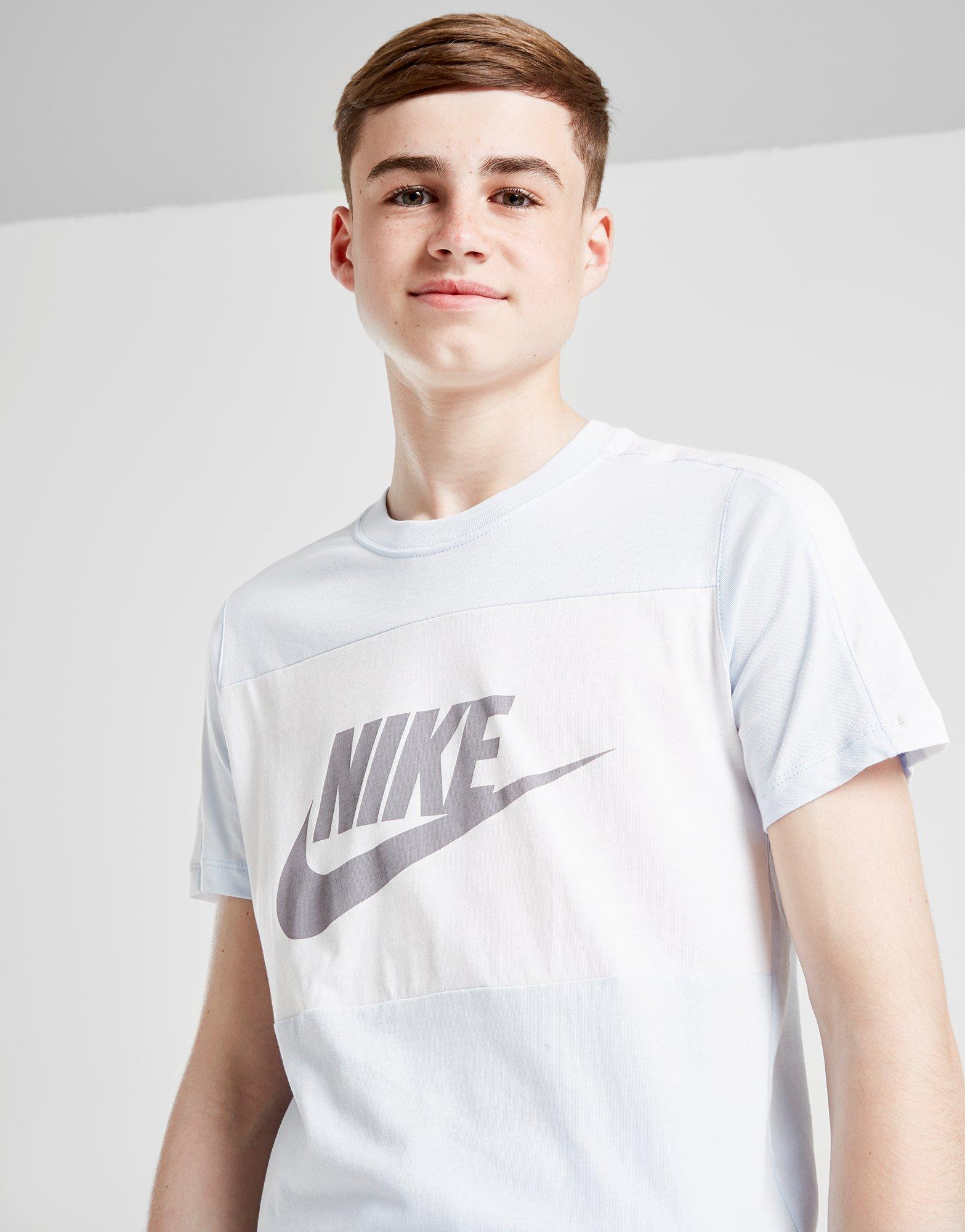 8351f4fd536bb0 Nike Sportswear Colour Block T-Shirt Junior - Sky Blue/White - Kids