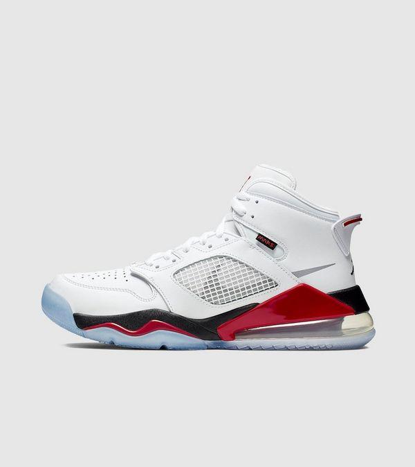 Jordan Mars 270 Homme