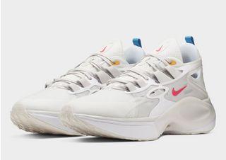 Nike Signal D/MS/X Damen