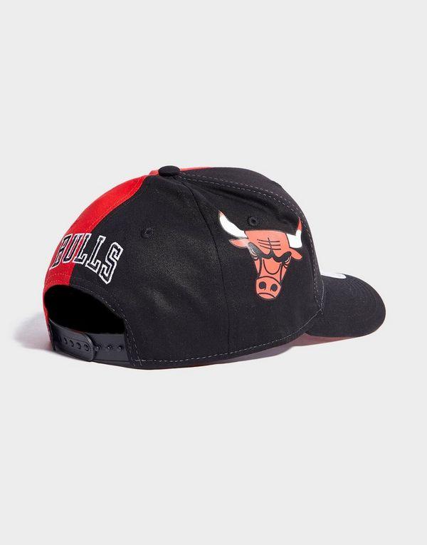2b1390b23f1 New Era NBA Chicago Bulls 9FIFTY Snapback Cap