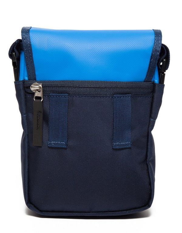 North Face Bardu Schoudertas : The north face bardu bag jd sports