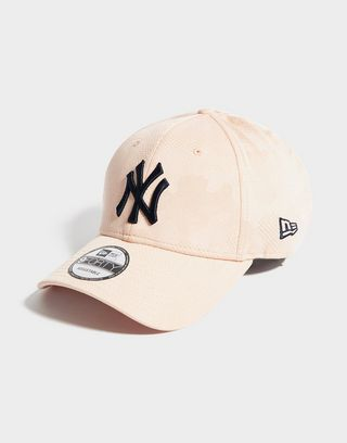 New Era MLB New York Yankees 9FORTY Engineered Cap