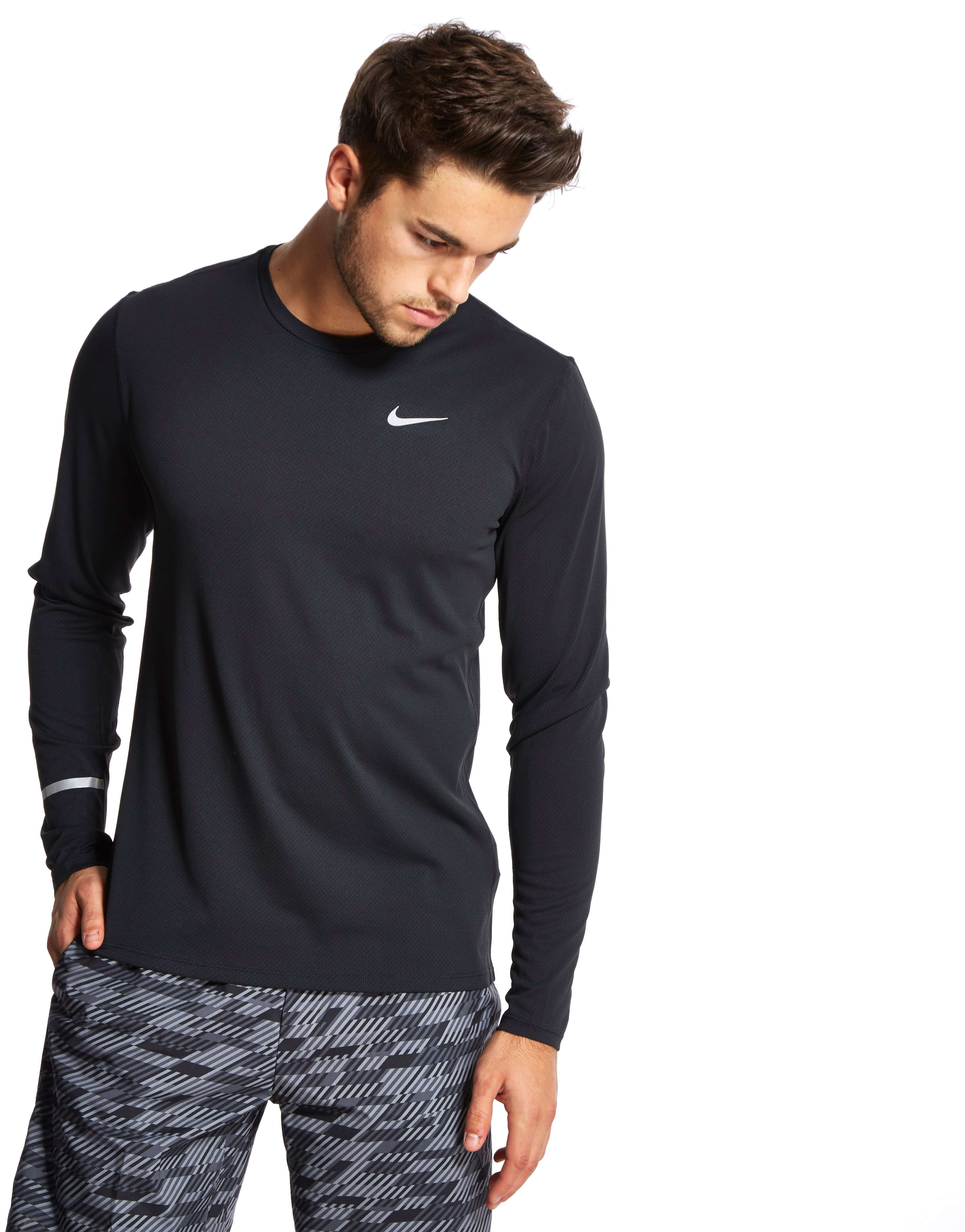 nike chaussures 668 - Nike Dri-FIT Contour Long Sleeve T-Shirt | JD Sports