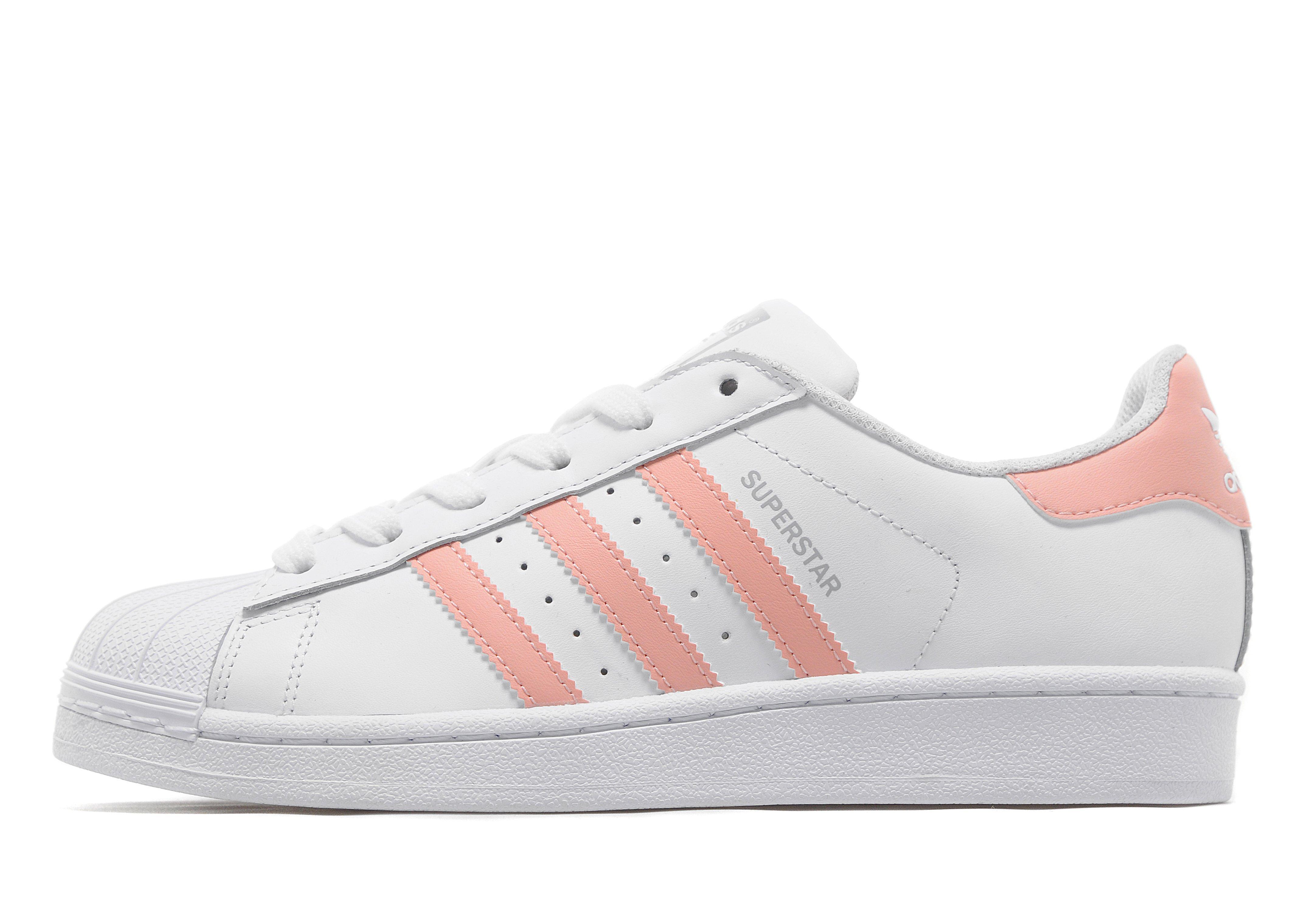 a11e7774ebe adidas superstar wit met grijze strepen