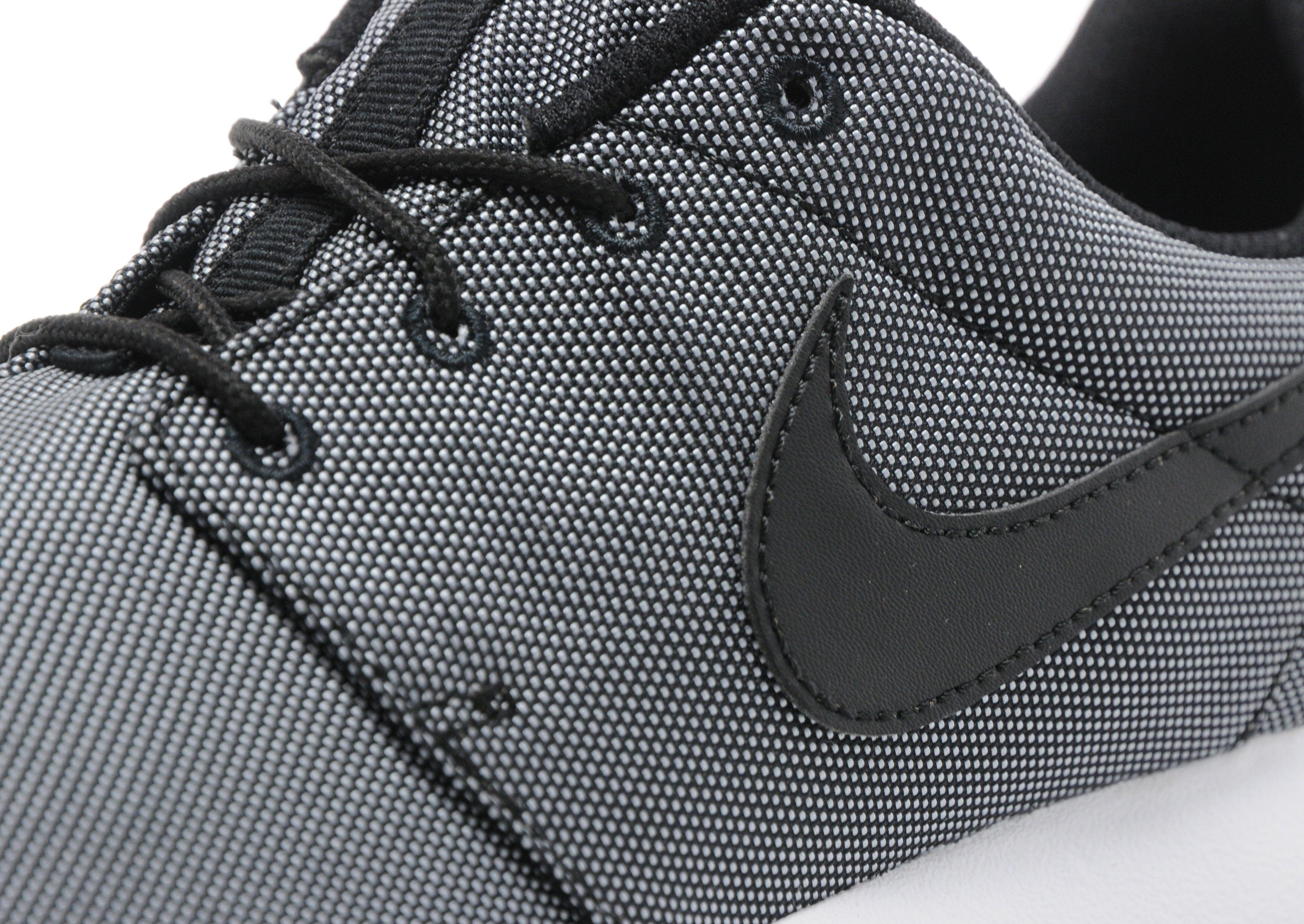 Nike Roshe One Premium