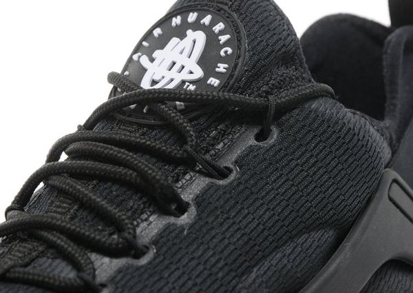 Nike Air Huarache Triple Black Womens