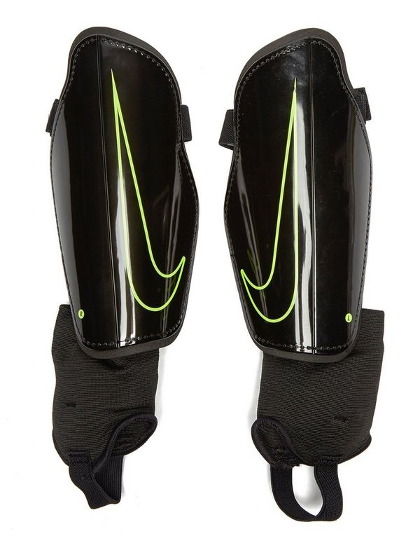 Nike Youth Charge Shin Guards  7033acb3745d