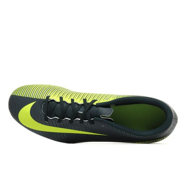 ... Nike Chapter 3 Mercurial Vortex III CR7 FG ...