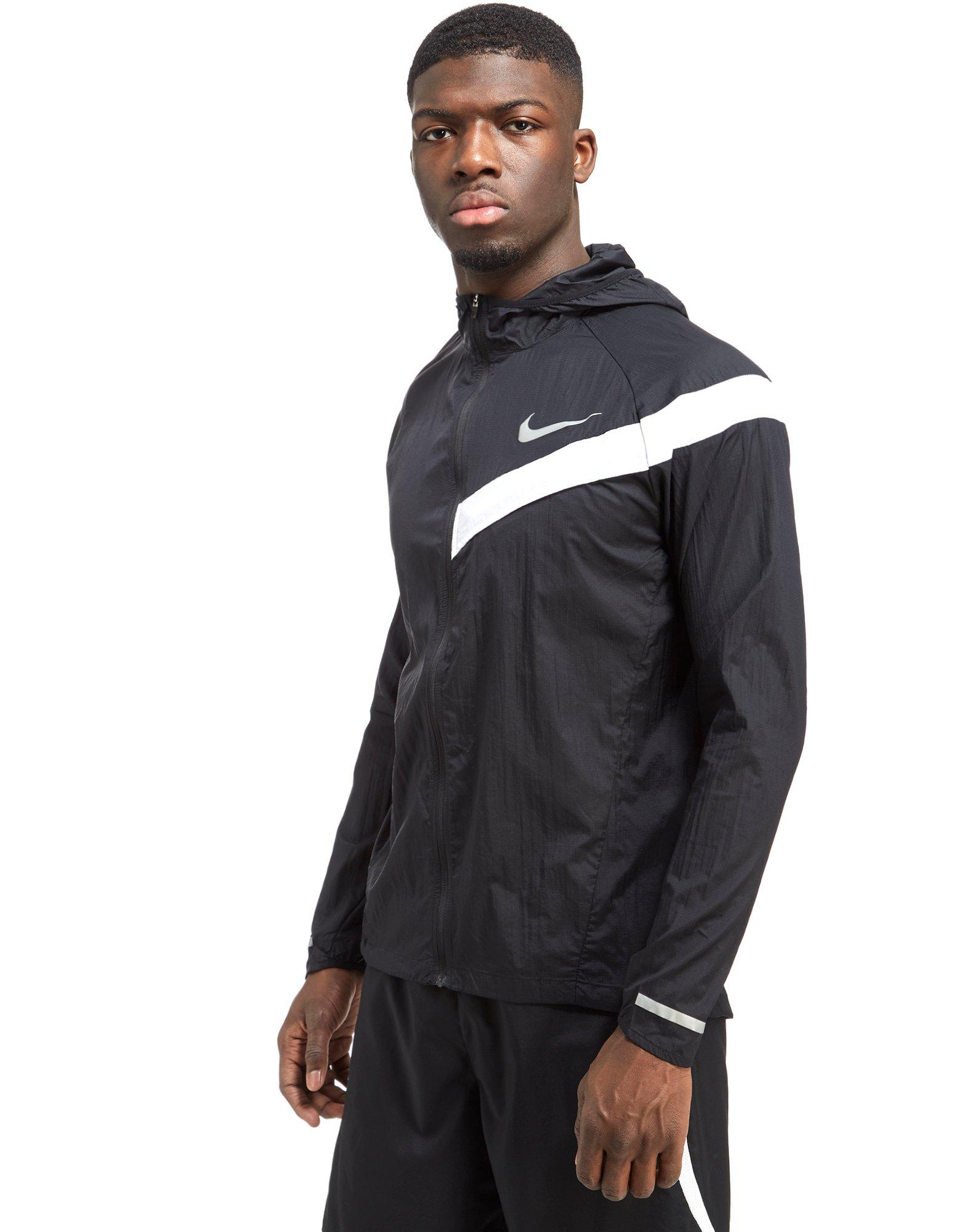 Nike impossibly light jacket black
