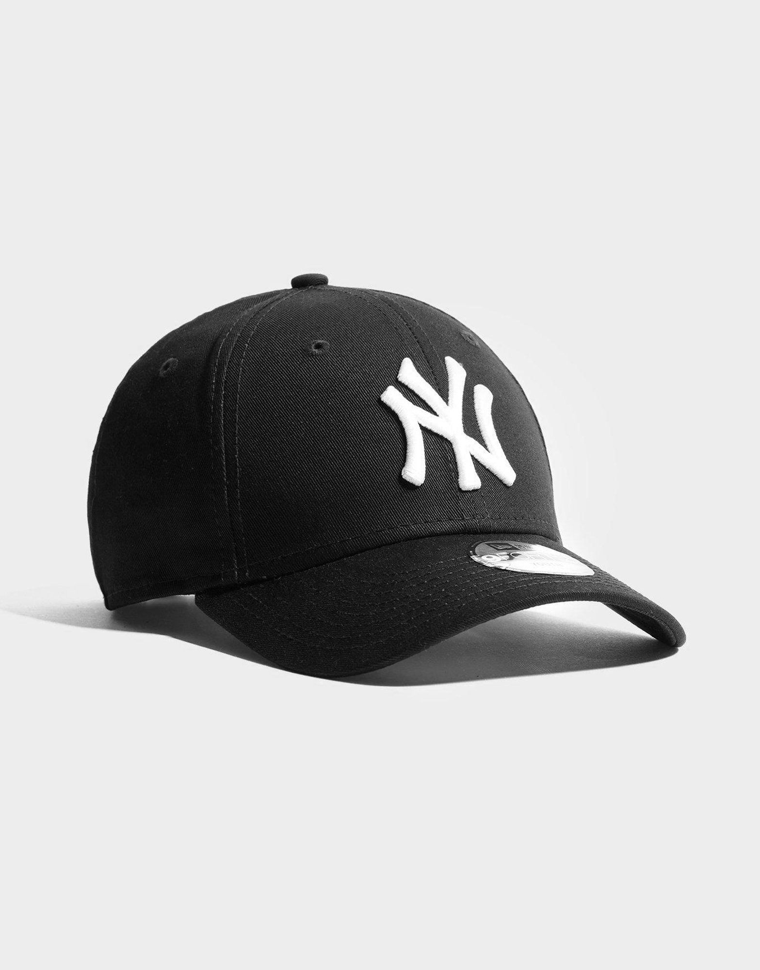 bb010e7666a New Era MLB 9FORTY New York Yankees Cap Junior
