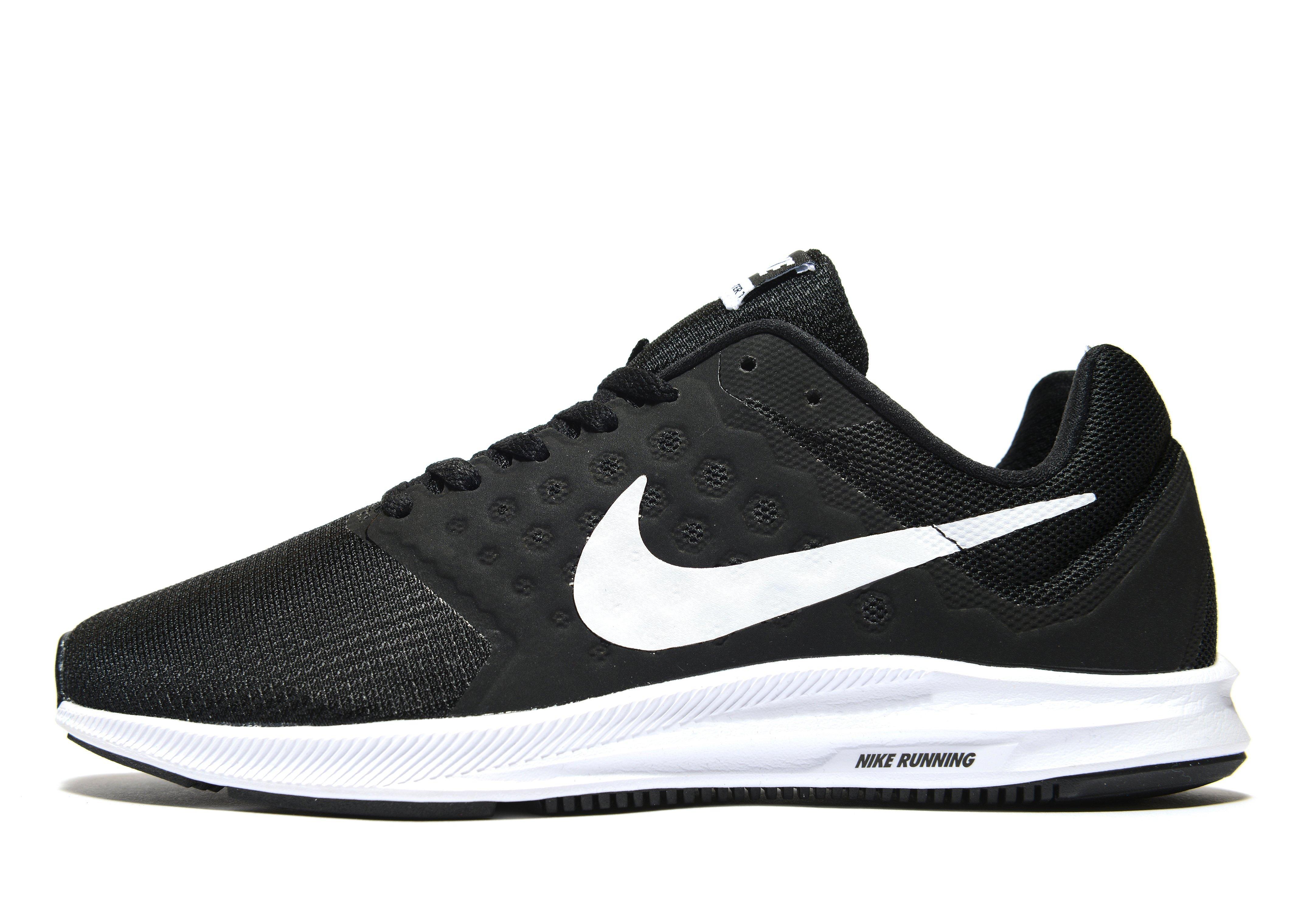 nike black running shoes women
