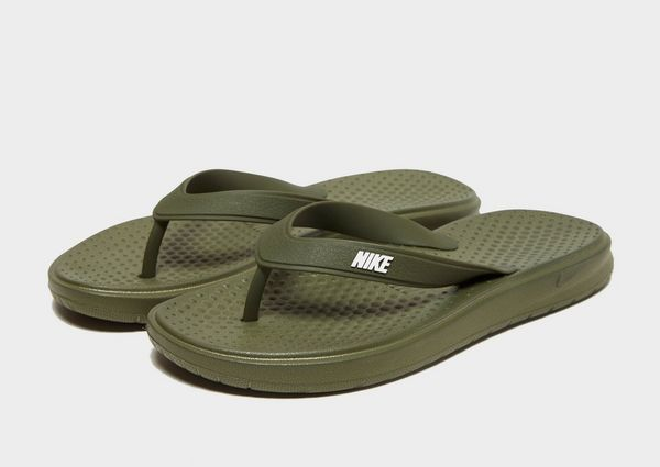 6bb22d342d53ec Nike Solay Flip Flops