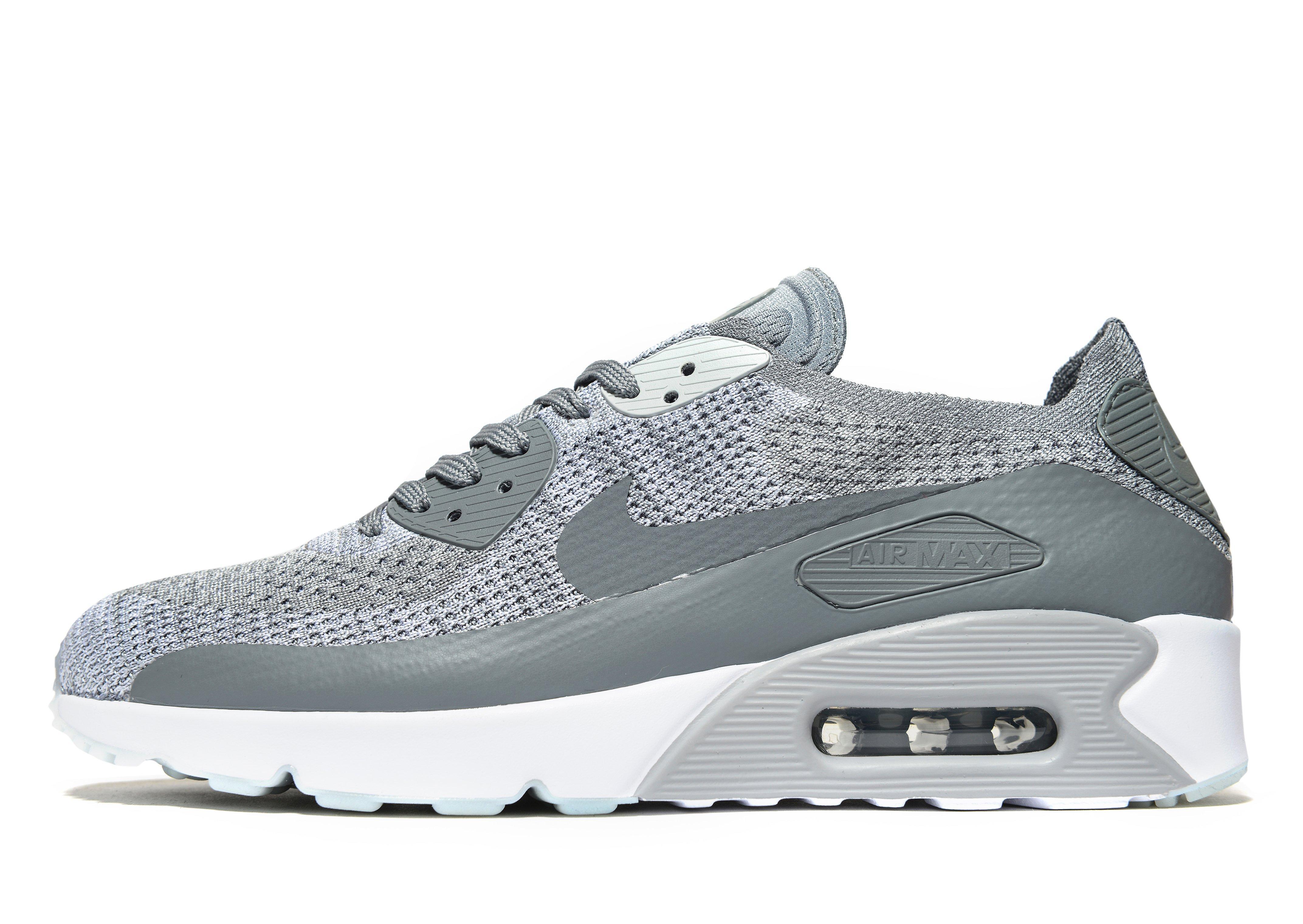 Nike Air Max 90 Shop Now