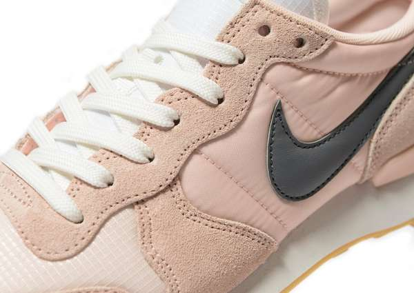 pnike internationalist w rose pale