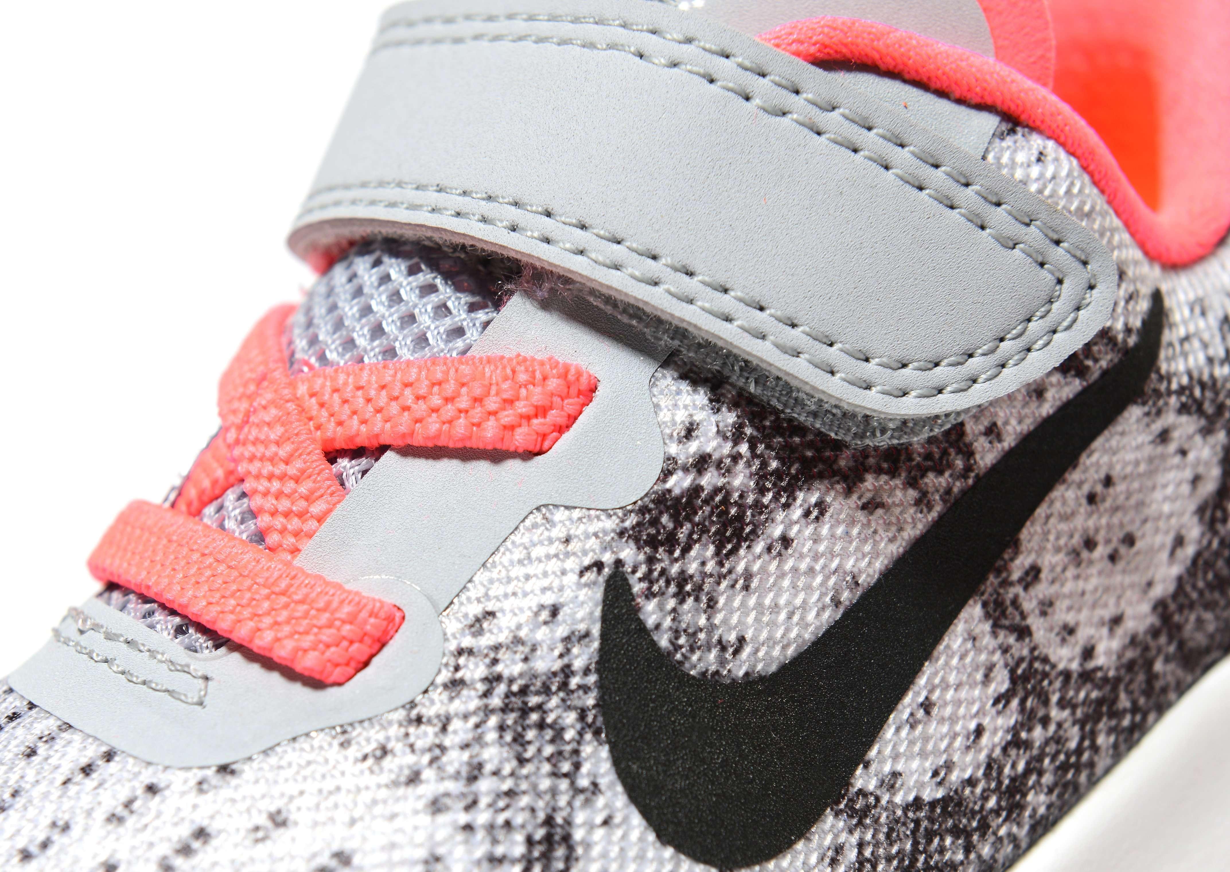 Nike Free RN Bebè