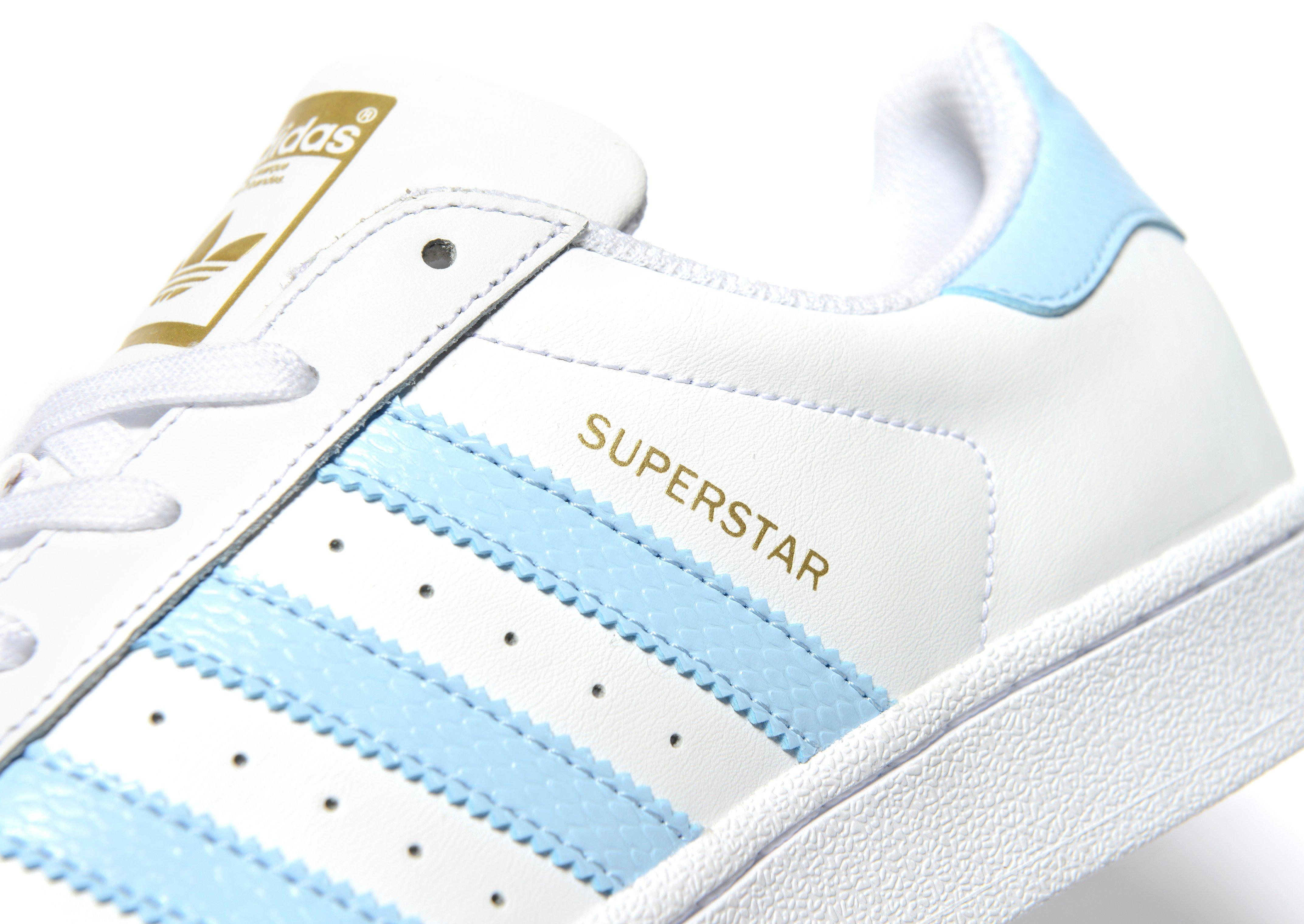 adidas superstar dames baby blauw