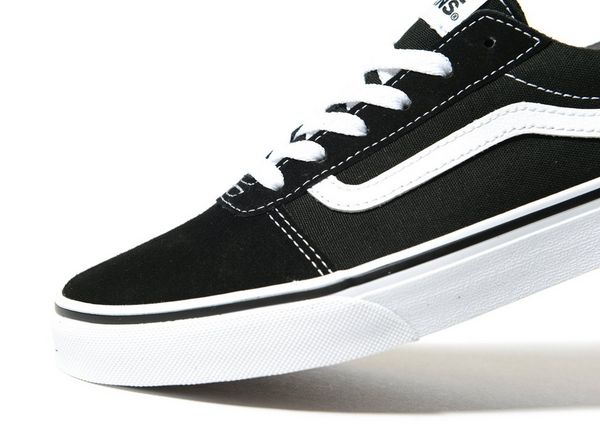 junior black vans