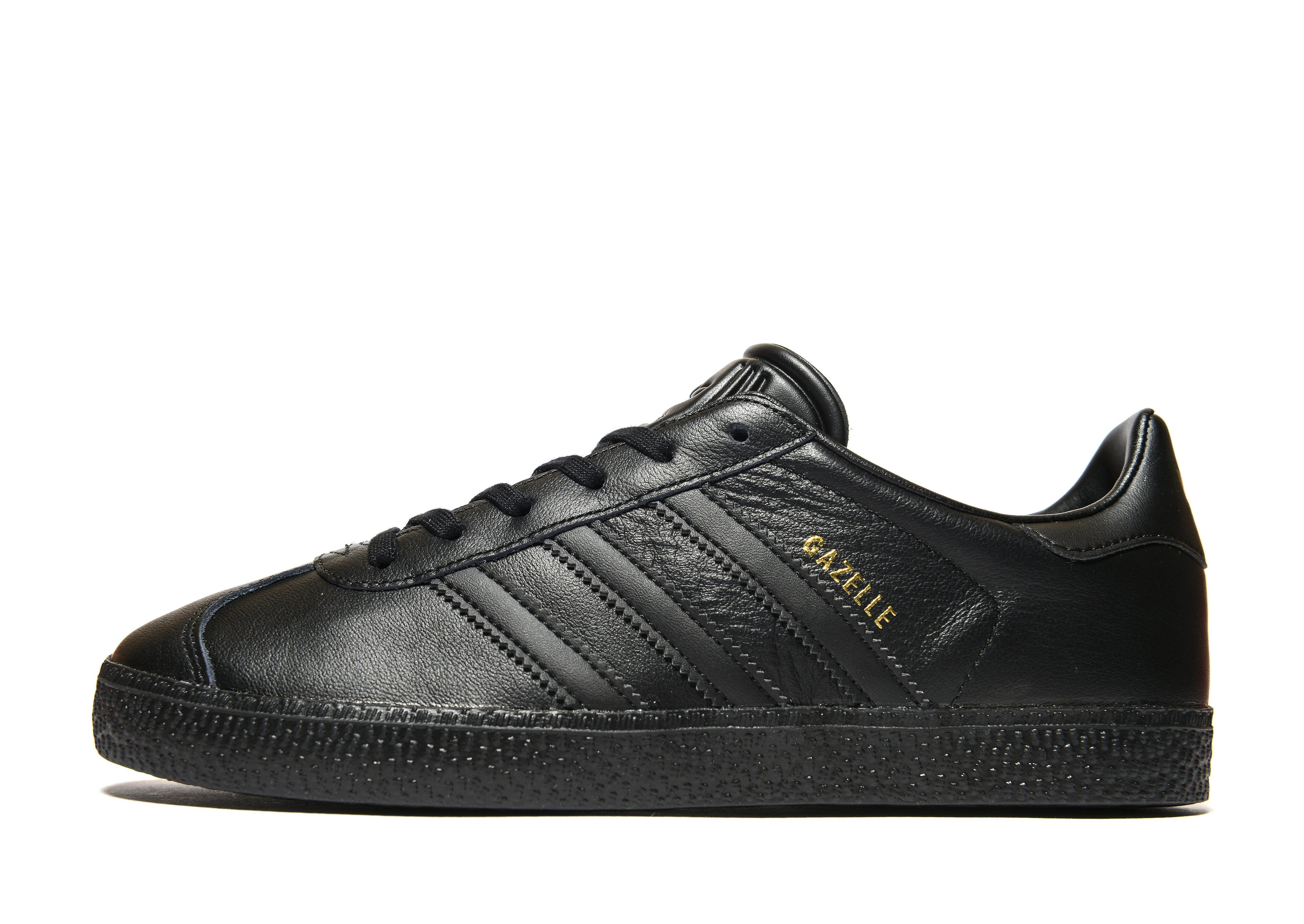boys black adidas gazelles