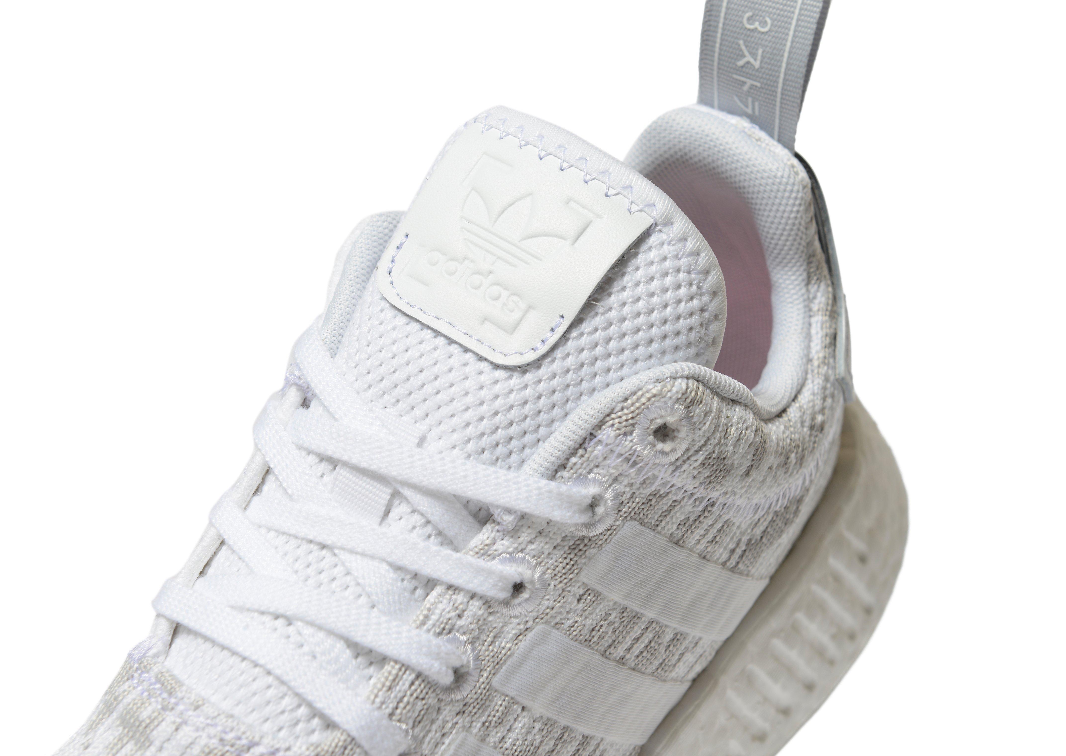 adidas Originals NMD R2 Women\u0027s