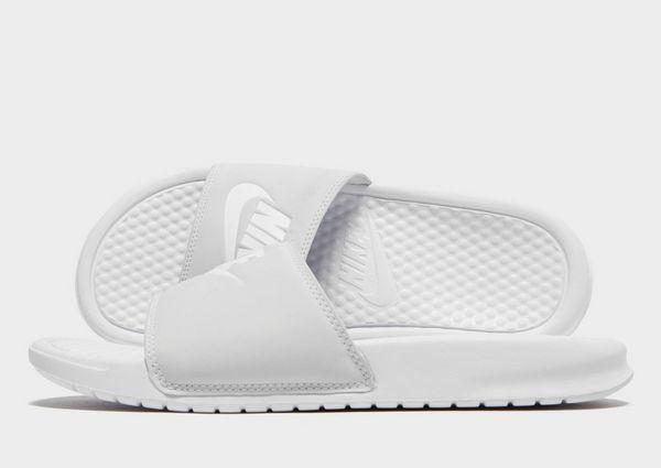 9e387d8ac22da Nike Claquettes Benassi Femme | JD Sports