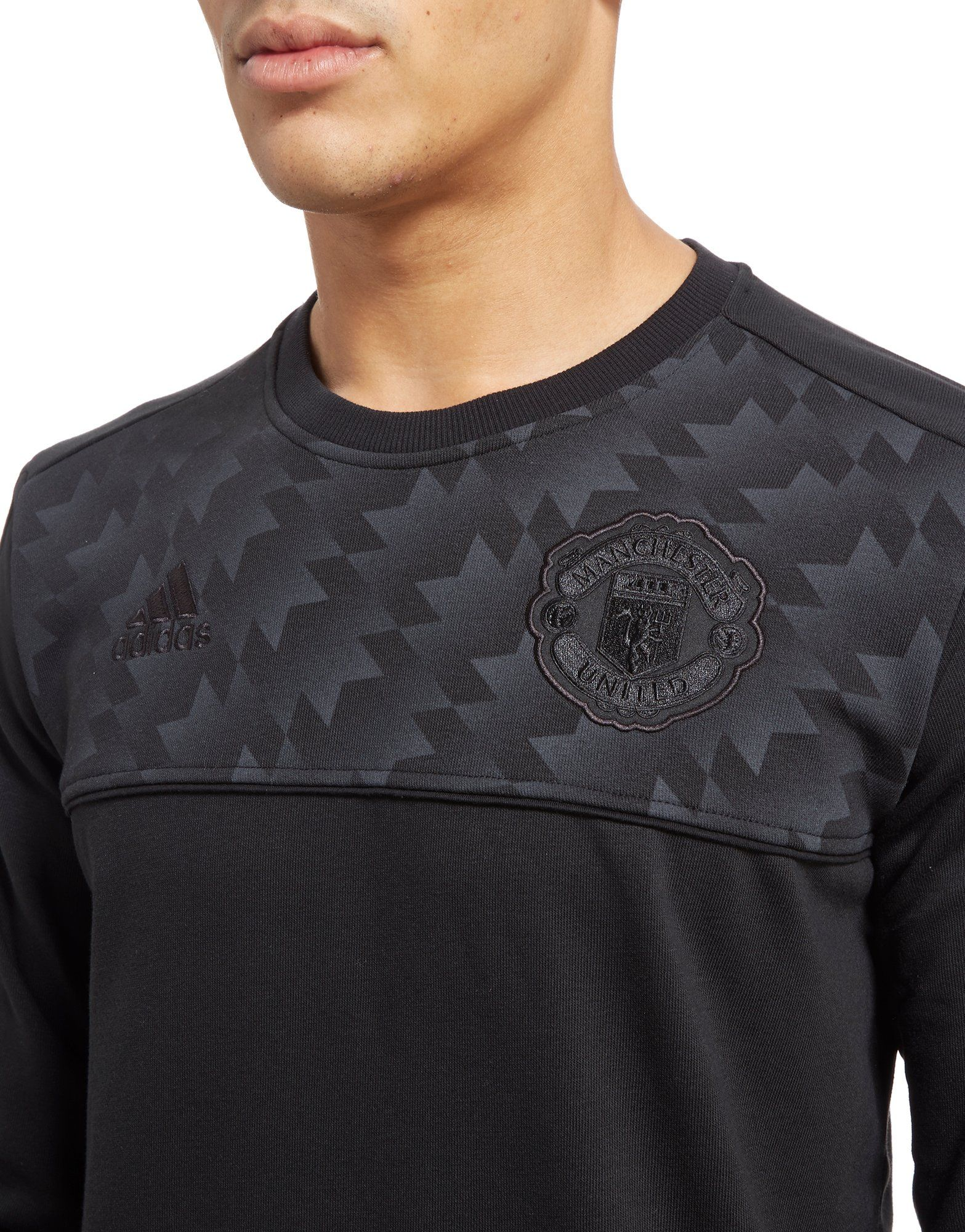 adidas Manchester Utd 2017 Seasonal Specials Sweatshirt