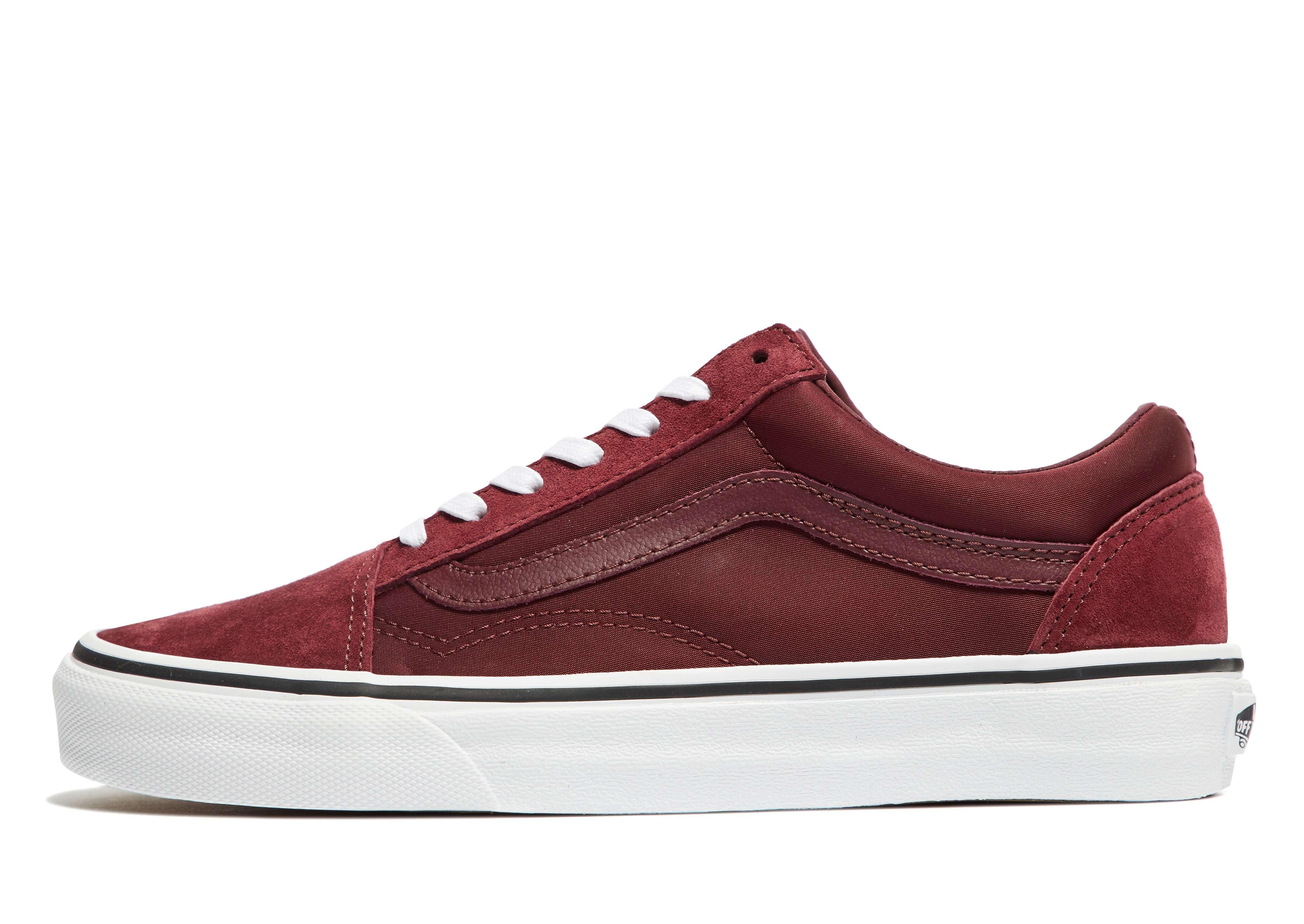 Vans Old Skool - Women's Trainers - Red 287817