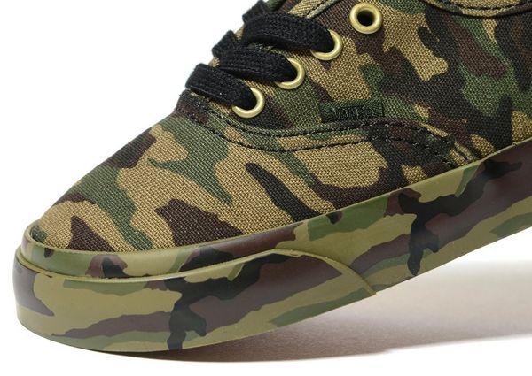 vans authentic camouflage