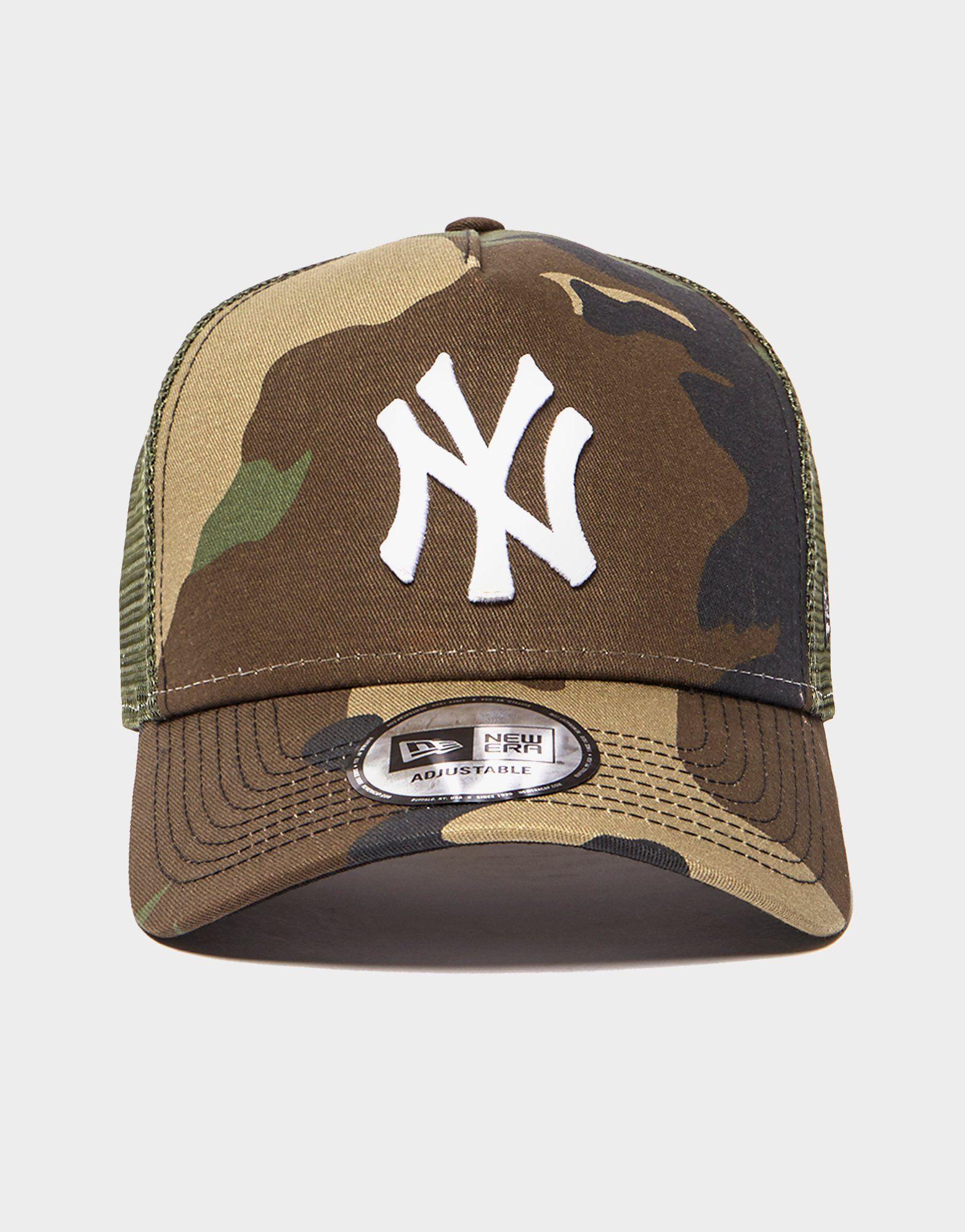 7692ff9f81af1e 2 Reviews · New Era MLB New York Yankees Snapback Trucker Cap .
