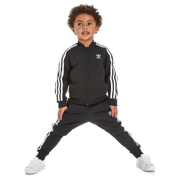 adidas originals superstar trainingsanzug kinder jd sports. Black Bedroom Furniture Sets. Home Design Ideas