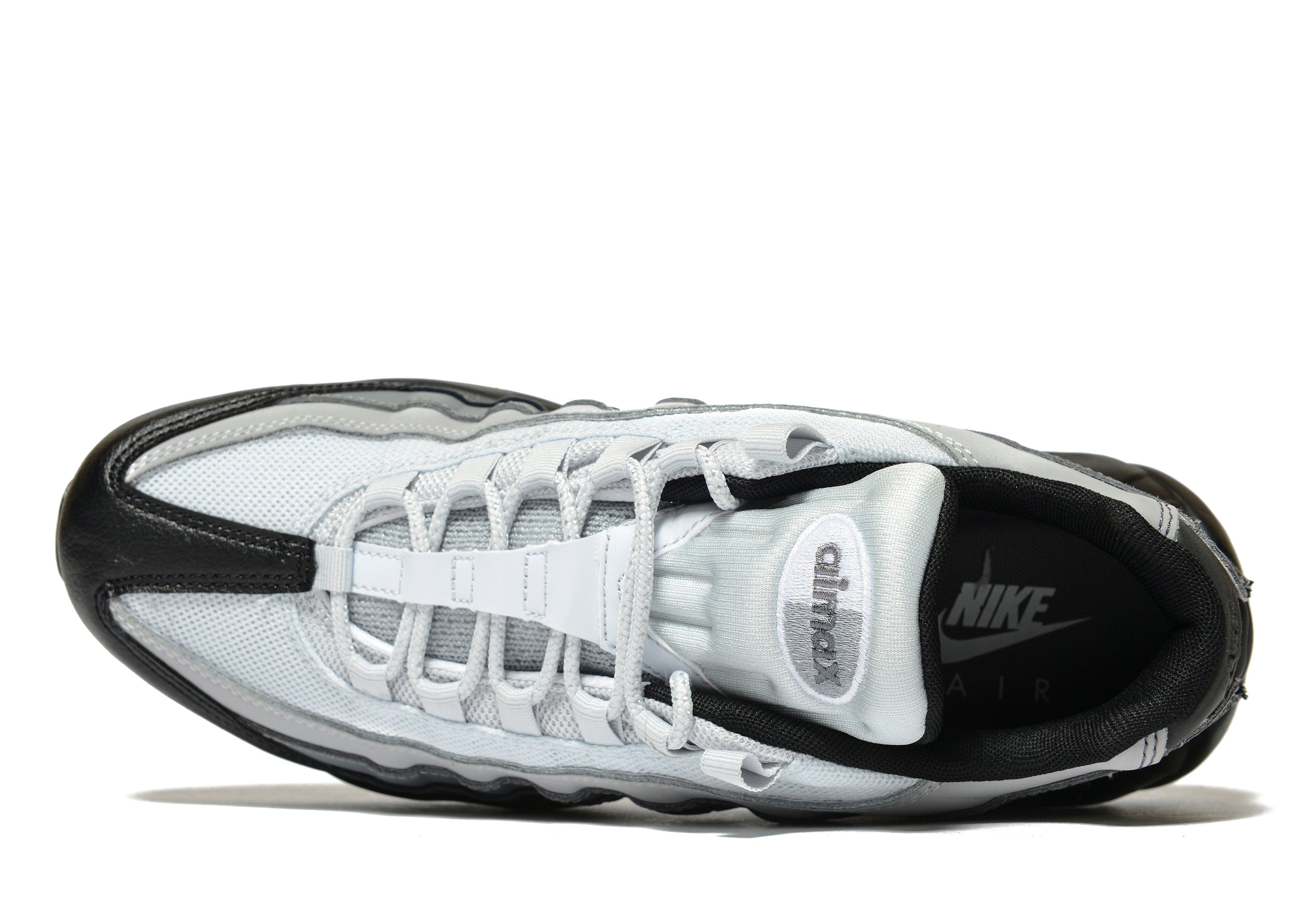 0d8ada8296275 Vacancies At Nike Uk Shoes White Men