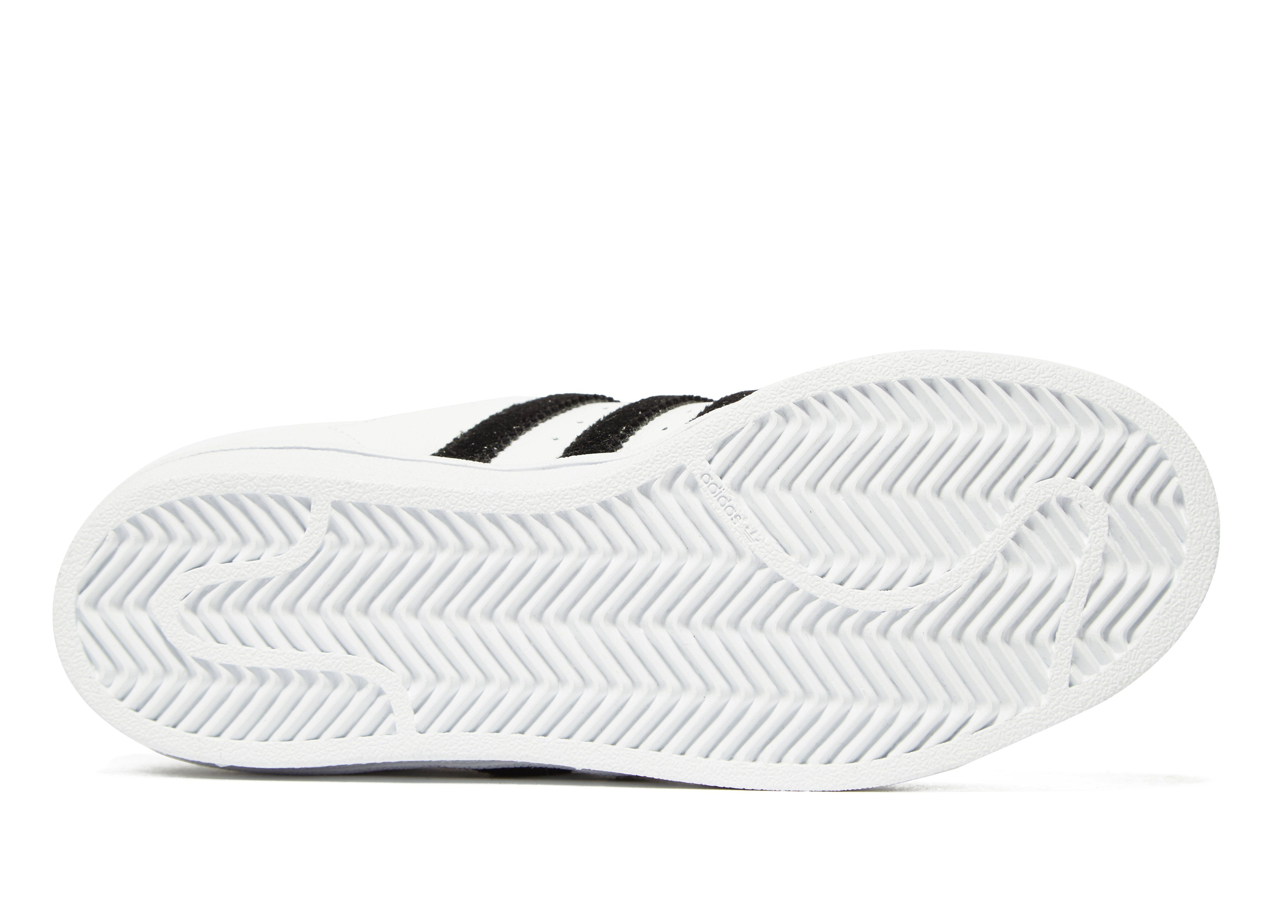 adidas Originals Superstar Velvet Damen Weiss Steckdose Neuesten 10d2BfR0pY