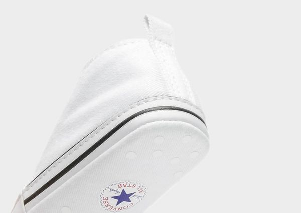 18705abbe9416f CONVERSE Chuck Taylor First Star Infant High Top