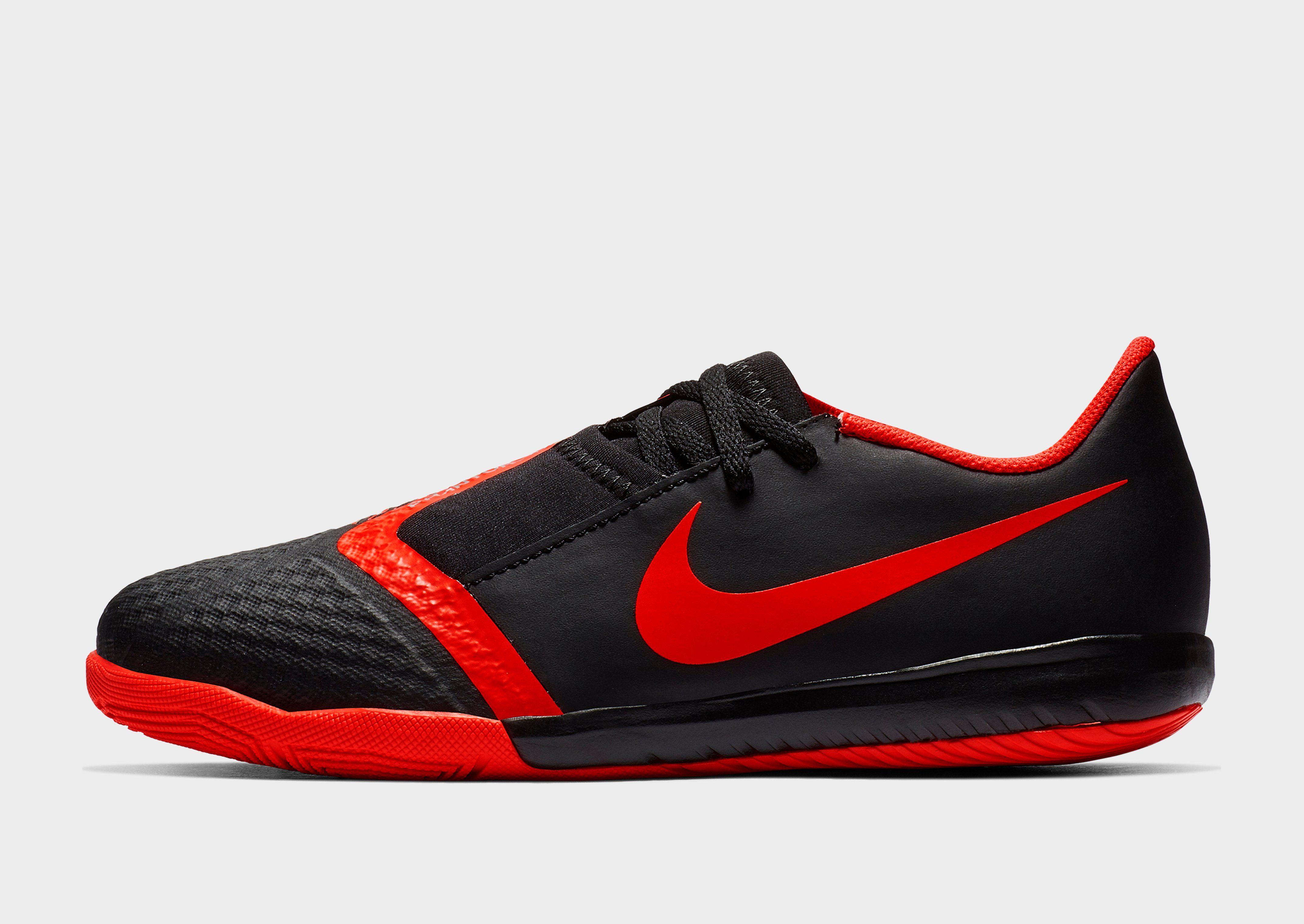 NIKE Nike Jr. PhantomVNM Academy IC Game Over Older Kids' Indoor/Court Football Boot