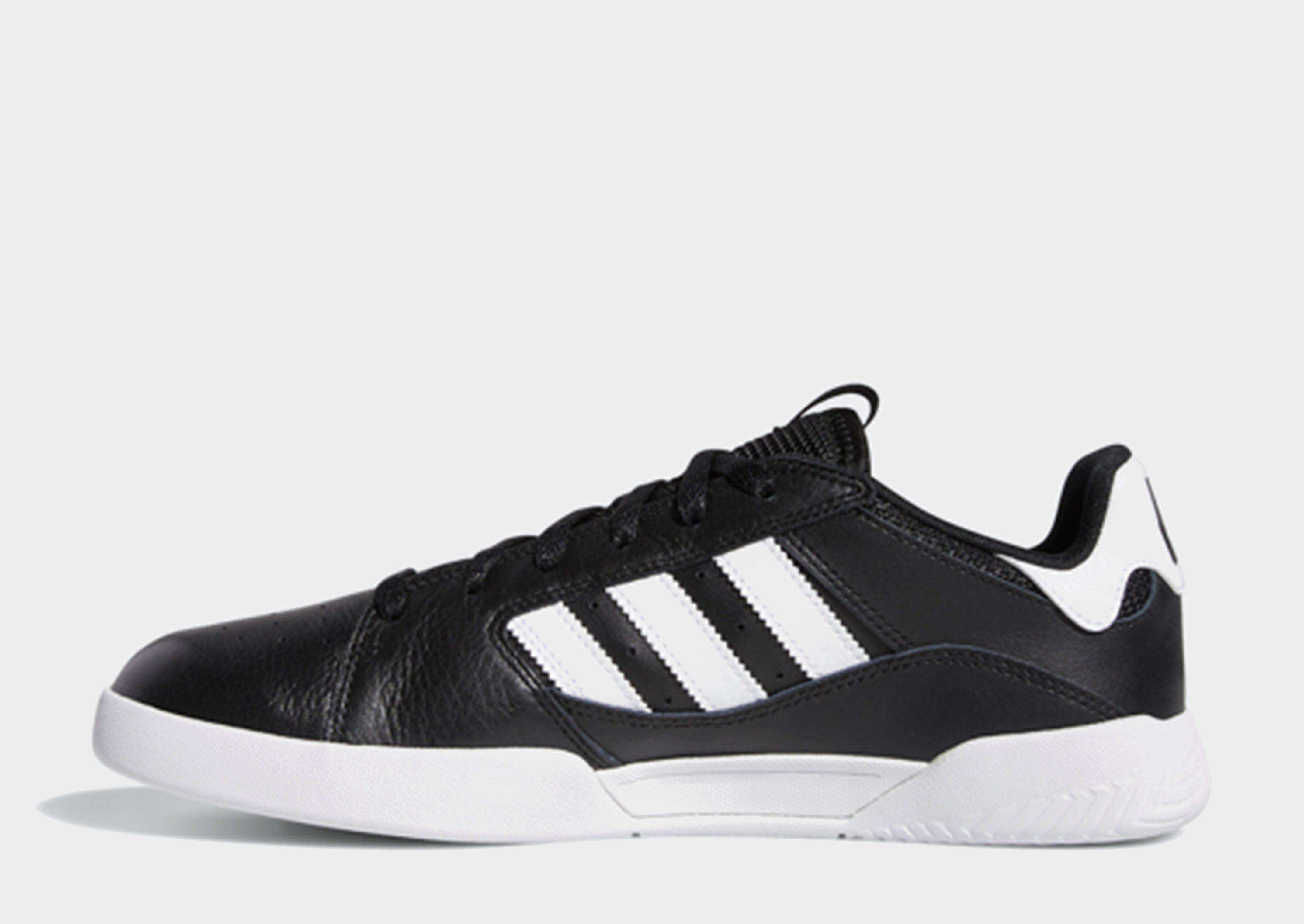 605290845764d7 ADIDAS VRX Cup Low Shoes