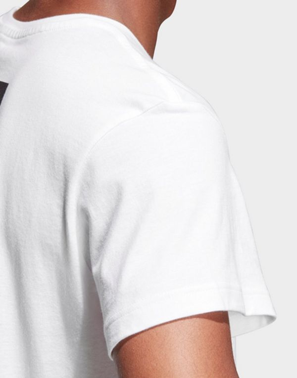 b8ab9938a ADIDAS Juventus Turin Graphic T-Shirt