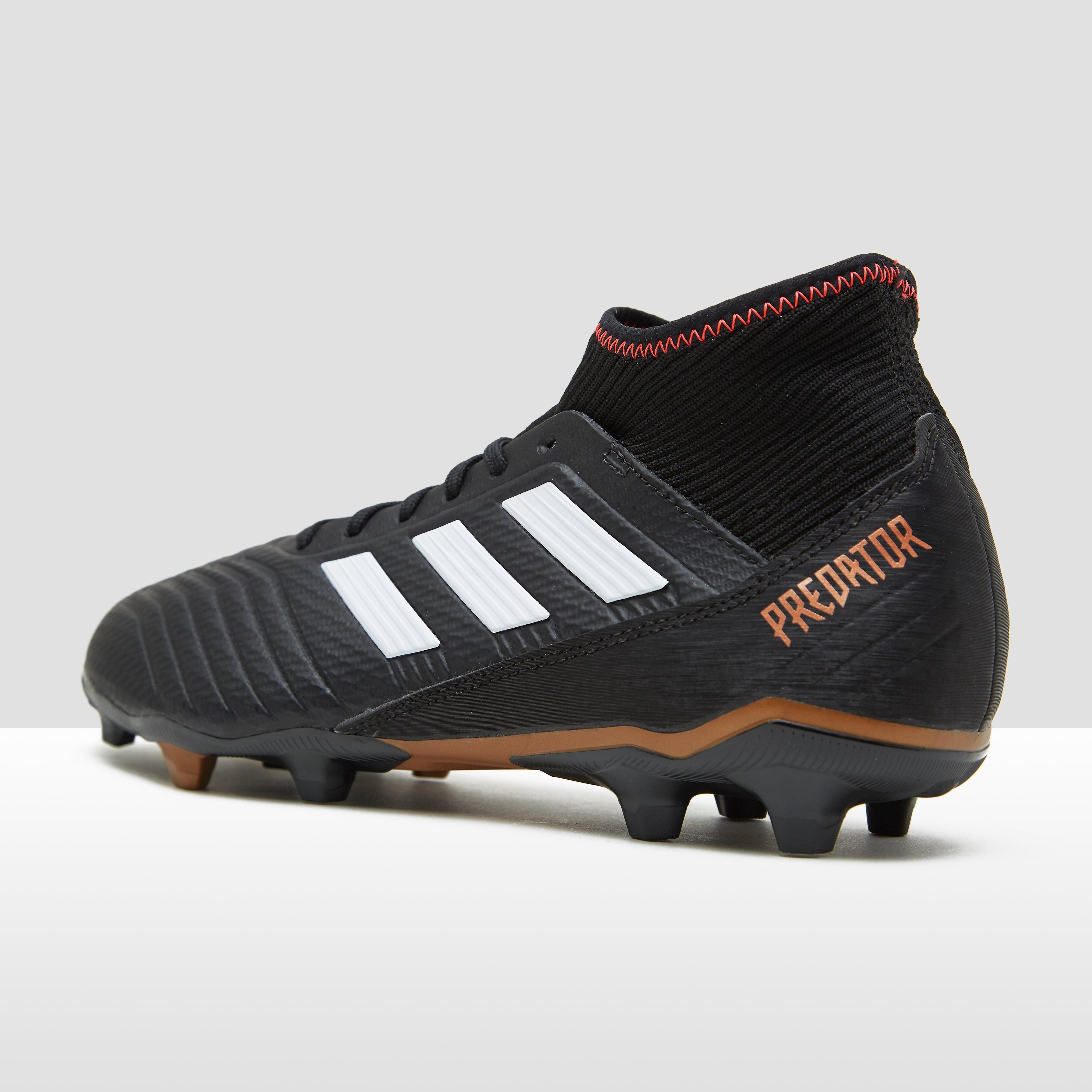 Noir Chaussures Adidas Prédateur Pour Les Hommes k4g6x