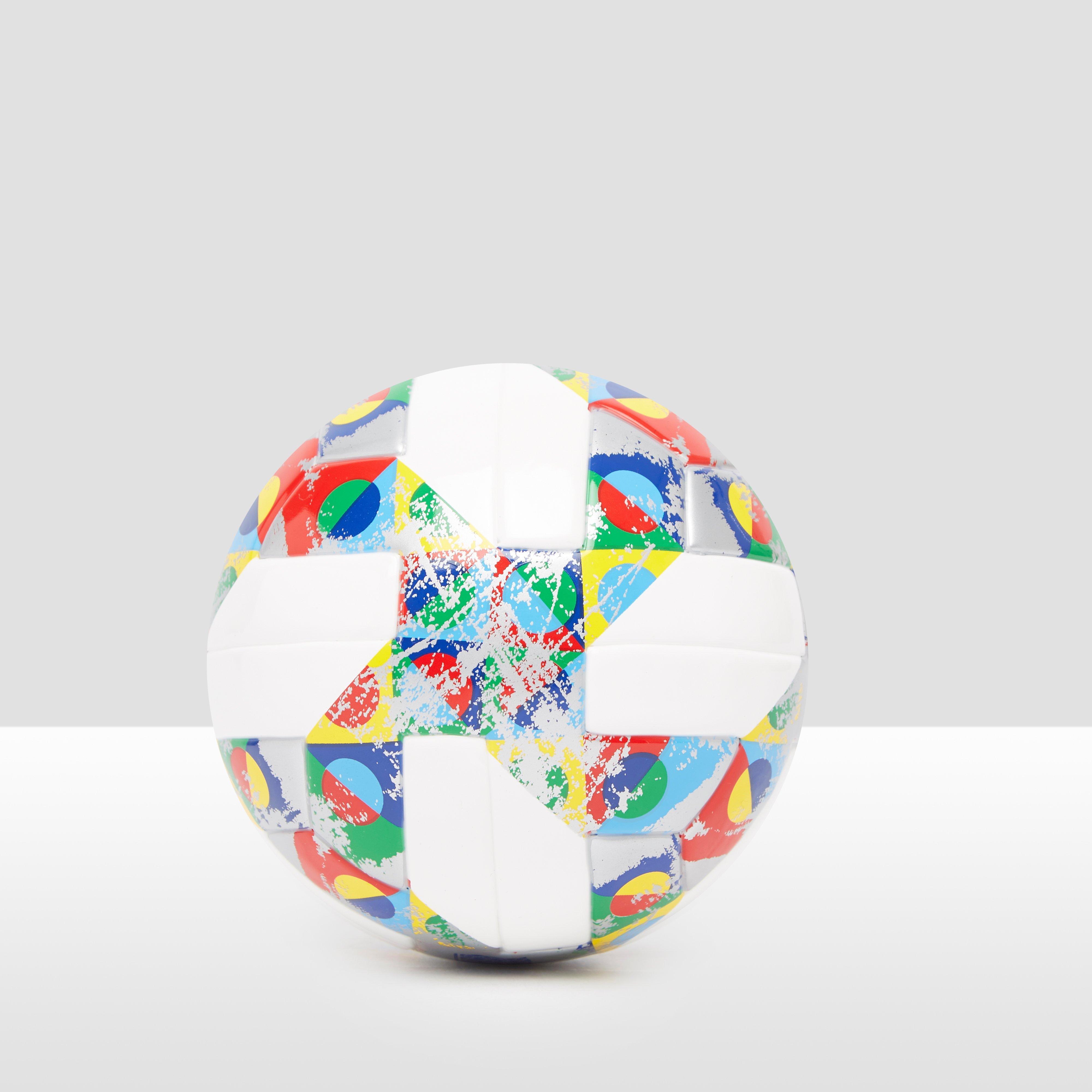 ADIDAS UEFA NATIONS LEAGUE MINI VOETBAL WIT/GEEL