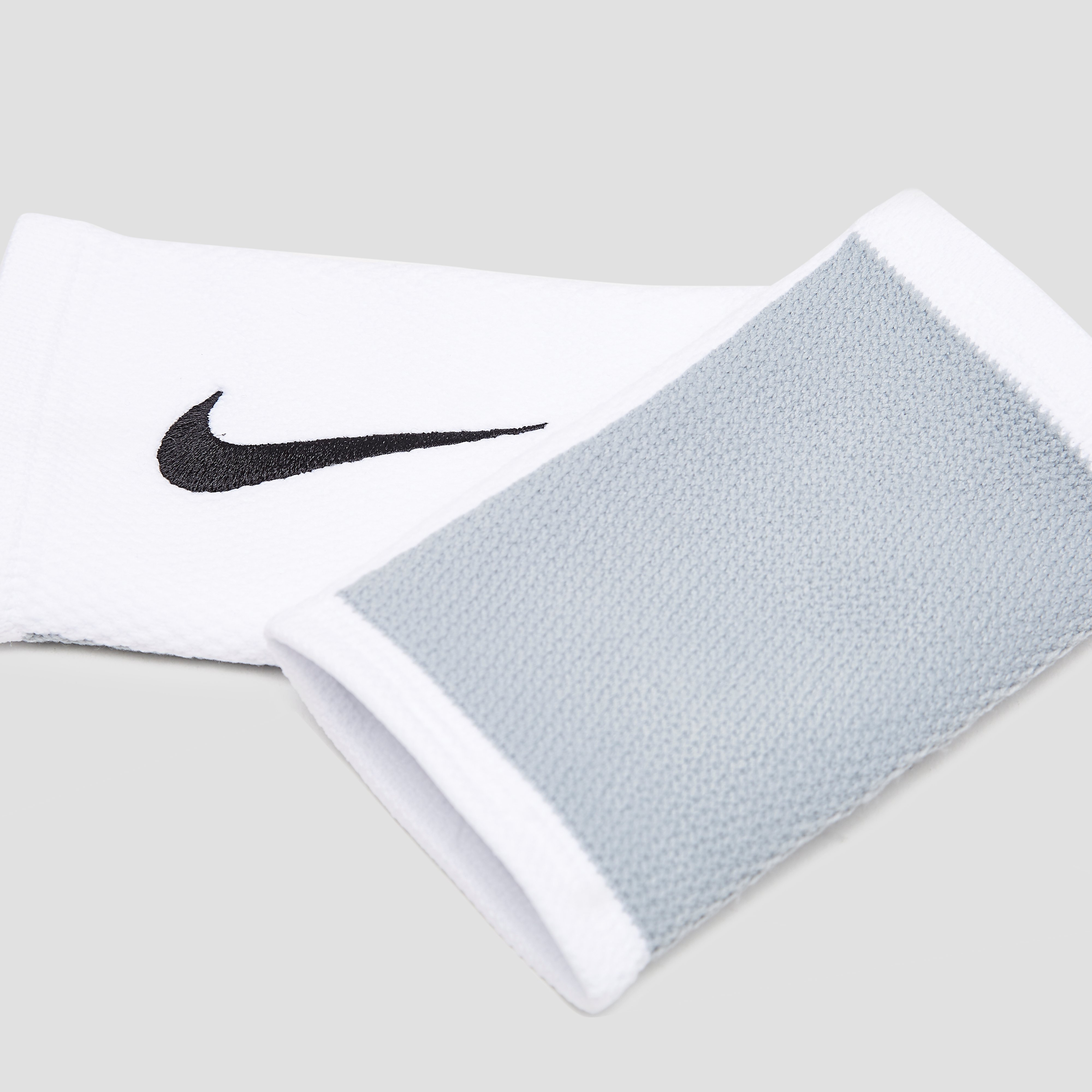 NIKE DRI-FIT STEALTH DOUBLE POLSZWEETBAND WIT